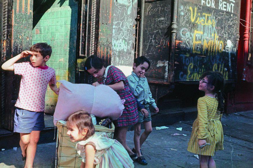 1972 (Helen Levitt) Influential Female Photographer