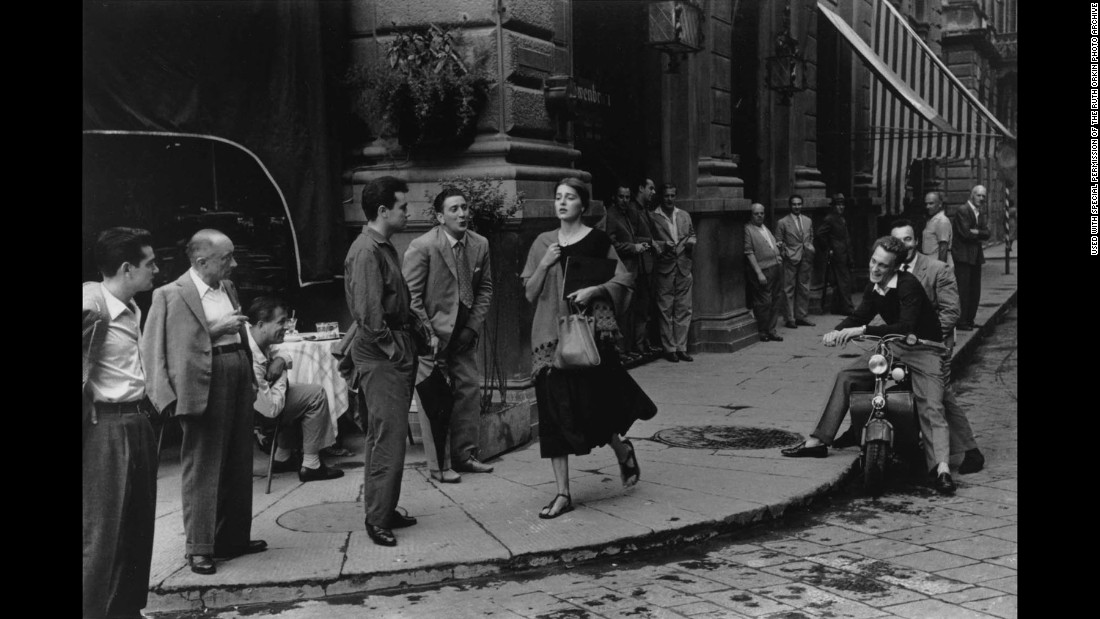 An American Girl in Italy (Ruth Orkin)